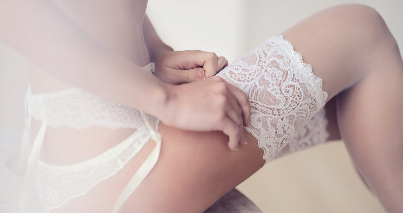 The Ultimate Guide to Bridal Lingerie & Hold Ups